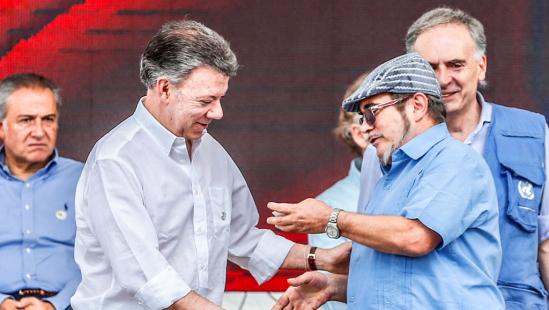 Líder guerrillero Timochenko electo presidente del partido de las FARC — Sin sorpresas