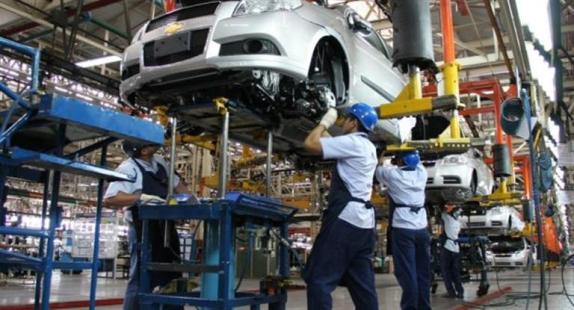 La industria avanzó 4,4% en octubre (es la sexta suba al hilo)